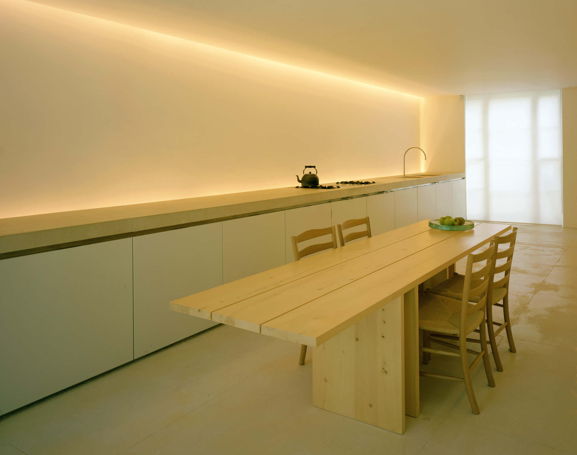 John pawson pawson house for Modern furniture stores london